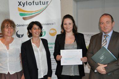 Maud CHEMIN, lauréate 2013 du prix «chaire de la valorisation de la chimie du pin maritime»